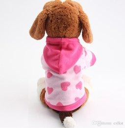 2019 fantasias para cães Novo Inverno Moda Com Capuz Pet Dog Supplies Roupas Coração Estrela Decoração Pano De Algodão de Boa Qualidade Nova Marca