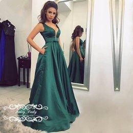 Satin vert foncé 2017 dos nu profond V robes de bal avec arc Sash élégant femmes Satin Long A ligne formelle robes de soirée ? partir de fabricateur