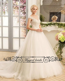 Wholesale Simple Elegant Dress Designs - Cap Sleeve Simple Cheap Wedding dresses New Design Tulle Vintage Elegant WEdding Gowns with Backless Buttons