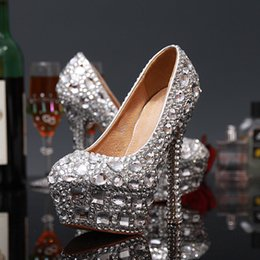 Wholesale Good Wedding Pictures - 2016 New Arrival Wedding Shoes with Big Crystals and Small Crystals Real Pictures High Heels Prom Shoes Good for Homecoming Silver Red