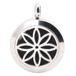 Wholesale Petal Flower Necklace - Petal Flowers 25mm Diffuser 316 Stainless Steel Necklace Pendant Aroma Locket Essential Oil Diffuser Lockets Send 100pcs Oils Pads As Gifts