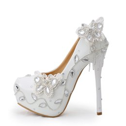 Wholesale Butterfly Prom Shoes - Sparkling Butterfly Wedding Shoes Crystal Bride Dress Shoes Elegant Women Dress Pumps Graduation Party Prom Shoes Platform Pump