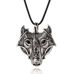 Wholesale Wolf Head Bracelets - Mens Necklaces Norse Vikings Pendant Necklace Norse Wolf Head Necklace Original Animal Jewelry Wolf Necklaces