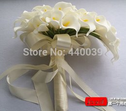 Wholesale Beautiful Lily - Wholesale-3 Color Beautiful 40pcs Artificial Flowers White Calla Lily Long Flower Bouquet Wedding Bouquet bridal bouquets FW128