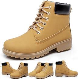 abdichtung nubuck stiefel Rabatt Motorradstiefel Männer Casual Premium Boots Wasserdicht im Freien Weizen Nubukleder britischen Herrenschuhe Trend hohe Schuhe