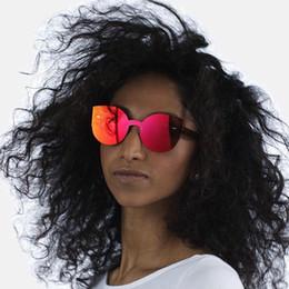 Wholesale Cat Eyes Film - Sunglasses 2017 European and American sunglasses, Siamese color film cat's eye sunglasses, SP022 sisters