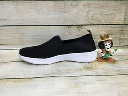 Wholesale Wolesale Discount Brand new lite racer slip on Running Shoes Fashion Running Sneakers NEO for Men and Women Slip On SPERRY Black Shoes