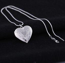 fotos abiertas chicas Rebajas Plateado plata medallones colgantes collares corazón tallado marcos de fotos puede abrir collar medallón regalo de San Valentín para mujeres niña