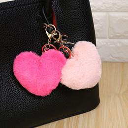 Luxus flaumiger Pelz Keychain weiches Herz reizende Herz-Form Pompons echter Kaninchen-Pelz-Ball-Auto-Handtaschen-Schlüsselring Multicolor von Fabrikanten