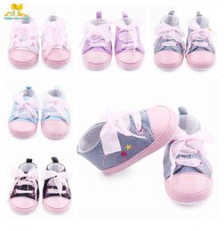 Wholesale Infant Canvas Sneakers - 2016 Wholesale Baby Girls Sneakers Lace Band Canvas Upper Fine Flower Embroidery Anti-slip Soft Sole Infant Walking Shoes