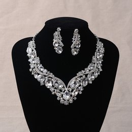 Wholesale Evening Crystal Necklace - 2017 New Hot Sell Luxury Crystal Rhinestone Wedding Bridal Necklace Earring Set Photo Bride Accessory Evening Prom Homecoming Party Jewelry