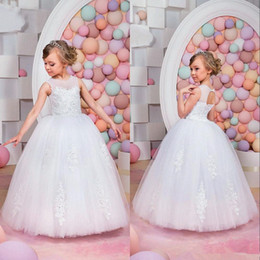 Wholesale Real Feather Vest - Hot Real Image Ivory White Lace Flower Girls Dresses 2016 Ball Gown Belt Floor Length Girls First Communion Dress Princess Dress