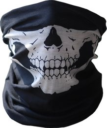 Black Seamless Multi Function Skull Face Tube Masque Echarpe Balaclava pour CS Moto Vélo et plein air à partir de fabricateur