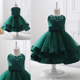vestidos de chá verde Desconto Adorável O-pescoço Verde Vestidos Da Menina de Flor Com Zíper de Volta Lantejoula Frisado Tea-comprimento Meninas Vestidos Pageant Primeira Comunhão Vestidos
