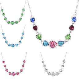 swarovski schmuck frauen Rabatt Blaue klare Herzkette aus österreichischen Kristallen von Swarovski Kristallen für Damen. Geschenkkristallschmuck für die Hochzeit