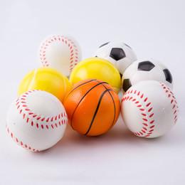 6.3 cm Baseball Futebol Basquete Brinquedos Bolas Macias PU Fidget Stress  Noverty Soccer Descompressão Divertido Brinquedos Para Crianças Presentes  para ... 6958f538c51