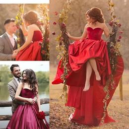 Wholesale Winter Velvet Wedding Dress - 2017 Robe De Mariage Elegant A Line Taffeta Wedding Dresses Velvet Sexy Sweetheart Court Trian Wedding Dresses Formal Party Dresses