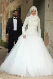 Wholesale Muslims Hijab Caps - 2017 Fall Winter Vantage Wedding Dress Arabic Muslim Islamic Stunning High Quality Long Sleeves Beading Crystal Hijab Wedding Dress BA3325
