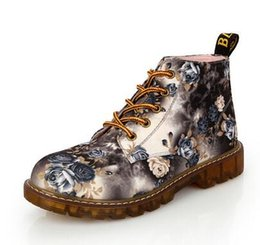 Wholesale High Sole Motorcycle Boots - Fashion Women Boots Floral Printed Martin Boots Soft Sole Ankle Boots Lace up Platform Shoes