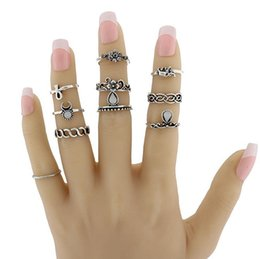 Wholesale Mid Finger Rings - 10pcs set Fashion Punk Joint Circle Ring Leaf Leaves Mid-Finger Ring Set Wedding Accessories Rings for Women