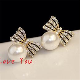 Wholesale Costume Woman Silver - Sweet Pearl Earring Korean Crystal Bowknot Earrings for Women Fashion Stud Earrings Wedding Party Costume Elegant Jewelry Bijoux Femme