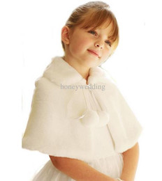 Wholesale girls white fur cape - Ivory   White Flower Girls Wedding Party Wraps In Stock Cheap Faux Fur Fall Winter Capes   Shrugs   Shawls   Boleros Hot