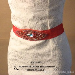 Wholesale Red Diamond Bridal Ceintures Strass Crystal Bridal Sashes Echarpe De Mariage Perlé Avec Strass Vert Rouge Bleu Bleu Royal Bleu Or