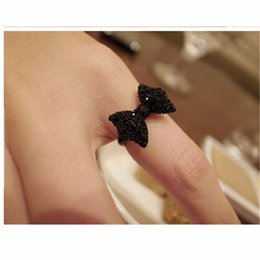 Wholesale One Direction Bands - Wholesale-G067 Wholesales Hot New 2016 Fashion Cheap Black Bow Finger Ring For Women Wedding Jewelry Accessories One Direction Bijoux
