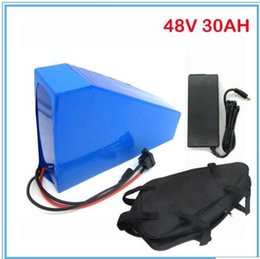Wholesale Charger Lithium - High capacity 48v motor lithium battery 750-1200W 48V 30AH triangle battery with bag,use samsung 3000mah cell with 2A charger