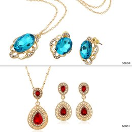 Wholesale Crystal Pendants For European - European style rhinestone gemstone earrings and necklaces jewelry sets fashion heart pendants necklace sets for women