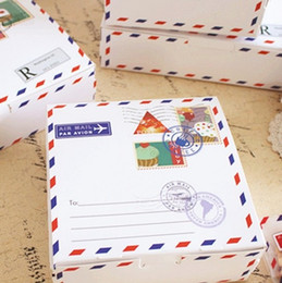 Wholesale christmas cookies designs - Hot Sale 13.5x13.5x5cm 50pcs envelope travel design Cheese Cake Paper Box Cookie Container gift Packaging Wedding Christmas Use