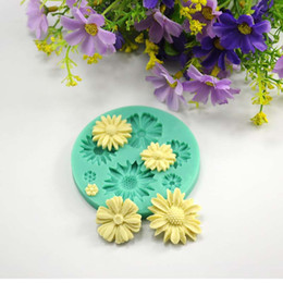 Wholesale Flower Modelling Tools - Daisy wedding candy mold flower cupcake toppers decoration silicone soap molds rubber baking pan