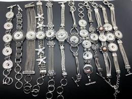 Gros Noosa Chunk Snap Button Bracelet à breloques 12 pcs / lot Style mixte Ginger Snaps Femmes Bijoux Interchangeable 18-20 MM Bouton à pression ? partir de fabricateur