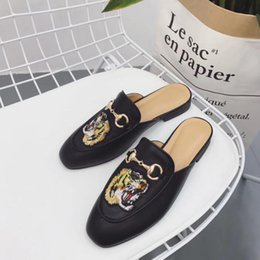 Wholesale Breathable Slippers Women - Brand slippers women genuine leather Mules Flat Mules shoes Metal Chain Casual Shoes Loafers Fashion Outdoor Slippers Ladies