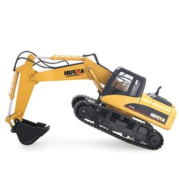 Wholesale Excavator 12 - Wholesale- HUINA 1550 1:14 2.4GHz 15CH RC Alloy Excavator RTR with Independent Arms Programming Auto Demonstration Function
