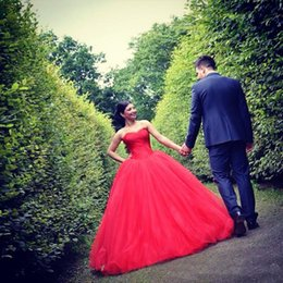 Wholesale Colored Plus Wedding Dresses - Elegant Colored Wedding Dresses 2016 Sweetheart Applique Beaded Red Lace Wedding Dress Plus Size Bridal Gowns Custom Made