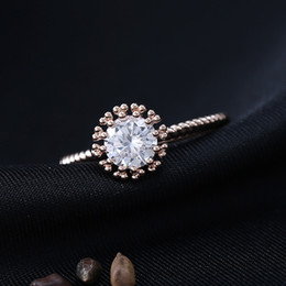 Wholesale Round Box For Ring - Flower Micropave Rose Gold Plated Frame Rings Round Crystal Inlay Jewelry for Women Free Cute Box and Shipping