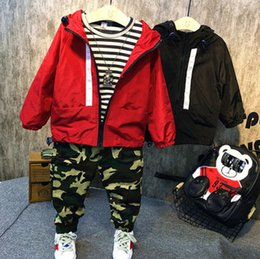 Wholesale Wholesale Boys Pocket T Shirts - Christmas clothing Kids stripe T-shirt+camouflage leisure pants+double pocket hooded zipper jacket 3pcs sets boys casual outwear T0517