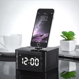 stations de radios Promotion Portable marque T7 Bluetooth Radio Réveil Système de Haut-Parleur avec Écran LCD Musique Dock Chargeur Station Stéréo Haut-Parleur pour 8 Broches iPhone / ipod