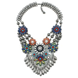 Wholesale Vintage Plastic Charm Necklace - 2015 Bib Vintage Necklace Woman Metal Maxi High Quality crystal flower Charms Statement Necklaces & Pendants Jewelry wholesale
