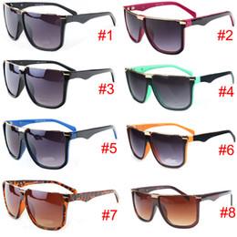 Wholesale Decorative Sunglasses - Brand fashion retro frame sunglasses men and women decorative anti - ultraviolet glasses sunglasses P3515 8 colors