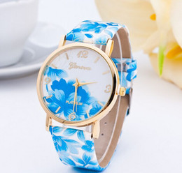 Wholesale Geneva Girl Watches - Hot Flower Watch national Gift Whatch Geneva Women Brand Gold case Watches Lady Girl Retro Watch Clock