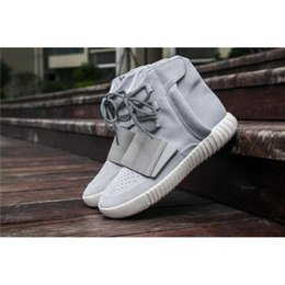 Wholesale Glowing Bands - Sply 2017 Hot Sale 750 Boost Light Grey Glow In The Dark Triple Black Kanye West Leather Boots Running Shoes For Men Sports Sneakers Women