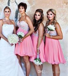 Argentina Venta caliente 2017 por encargo A-Line vestidos de dama de honor de la playa de gasa rosa apliques con cuentas Mini vestido de dama de honor vestidos de fiesta de invitados Suministro