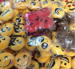 Wholesale Gift Bags For Wholesale Prices - Wholesale red high quality factory price purple red Emoji toys gift for Kids Emoji Keychains Mixed Emoji Keyrings Bag pendant 5.5*2.5cm