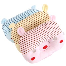 Wholesale Newborn Flat Head - Wholesale- New Cotton Flat Head Baby Pillow Cartoon fashion Infant Toddler Bedding Newborn baby boys and girls Soft Neck Pillow CSP-060