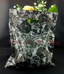 Wholesale Plastic Shopping Bags For Clothes - 50pcs 25x35cm Black Rose Pattern Plastic Gift Bag Shopping Bags With Handle, Large Plastic Bags Suitable For Clothing Packaging