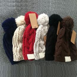 Canada Nouvelle mode automne et hiver femmes yojojo chapeau hiver hommes tricot bonnet dames marque de luxe cap dame fashion chapeau Offre