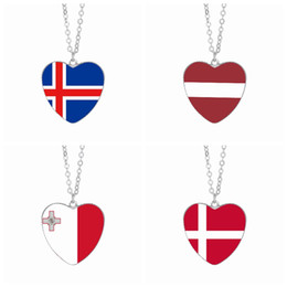 cabochon pendants 25mm Promo Codes - Denmark Flag Pendant Necklaces 25mm Heart Glass Cabochon Iceland Latvia Malta Flags Festival Women Jewelry Wholesale