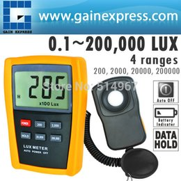 Wholesale Lux Tester - Wholesale- Digital 4 Ranges 1-200,000 Lux   Light Level Tester Meter Photo Diode and Filter Sensor + Data hold